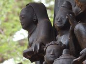 ヨーソー僧院は彫刻が美しい