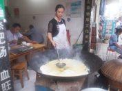 この町は豆腐料理で有名