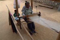 ルアンパバン郊外にある織物の村にて